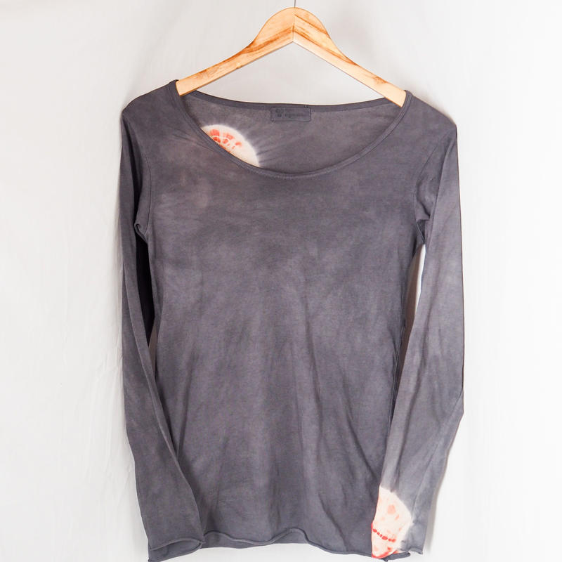 Wide Round neck Long Sleeve T-shirts(墨黒 × 赤)