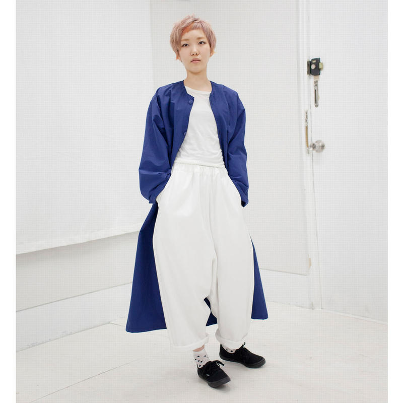 SHUTTLE wide pants white