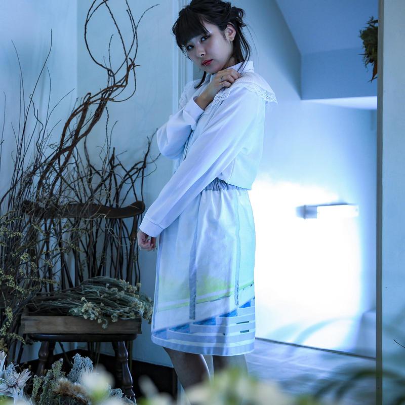 SHIKI graphic skirt