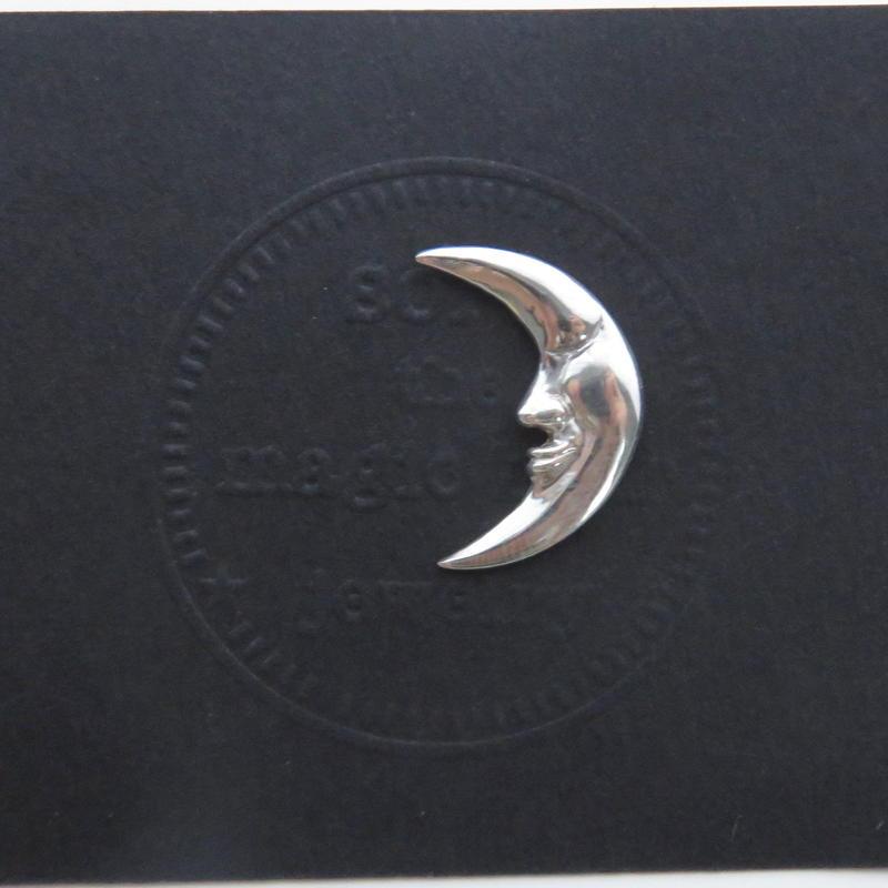 月のピン M 月タイピン 月タックピン 三日月ブローチ