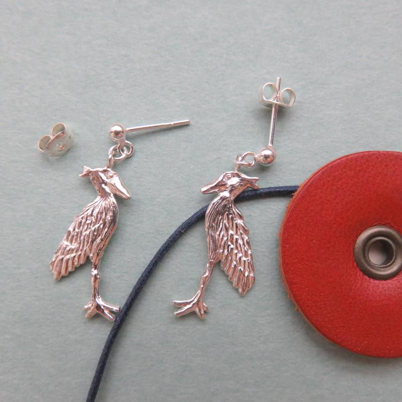 ハシビロコウ ゆれるポストピアス(M) Shoebill  earrings