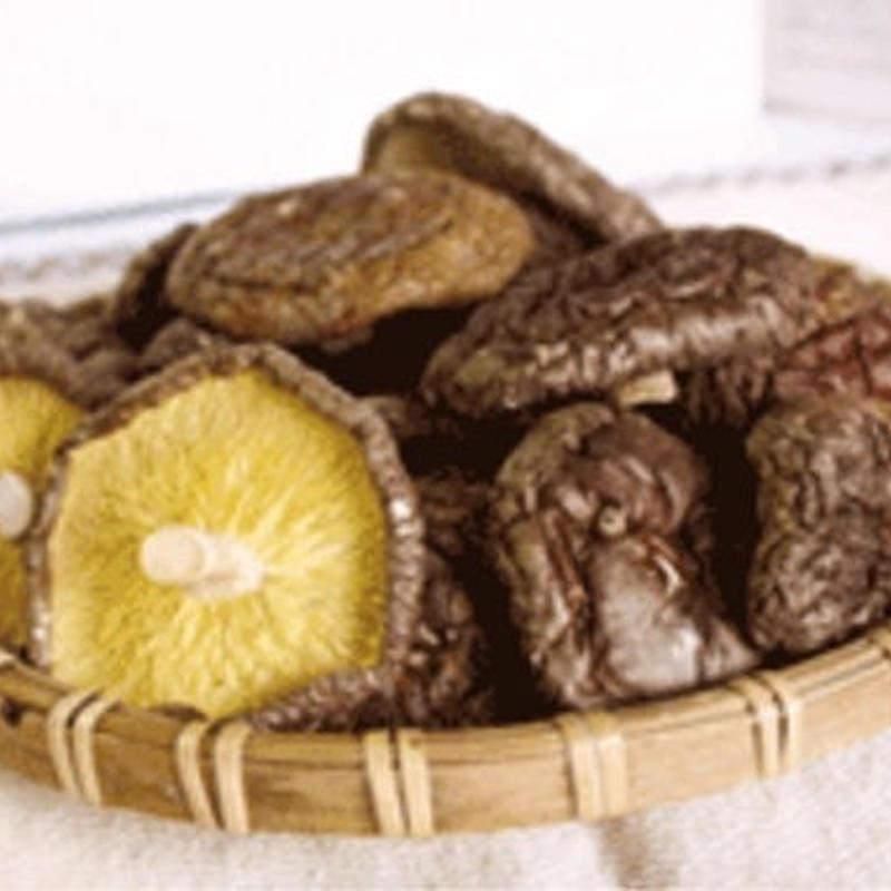 自家製菌床栽培・乾燥しいたけ(丸もの)1袋(22g)