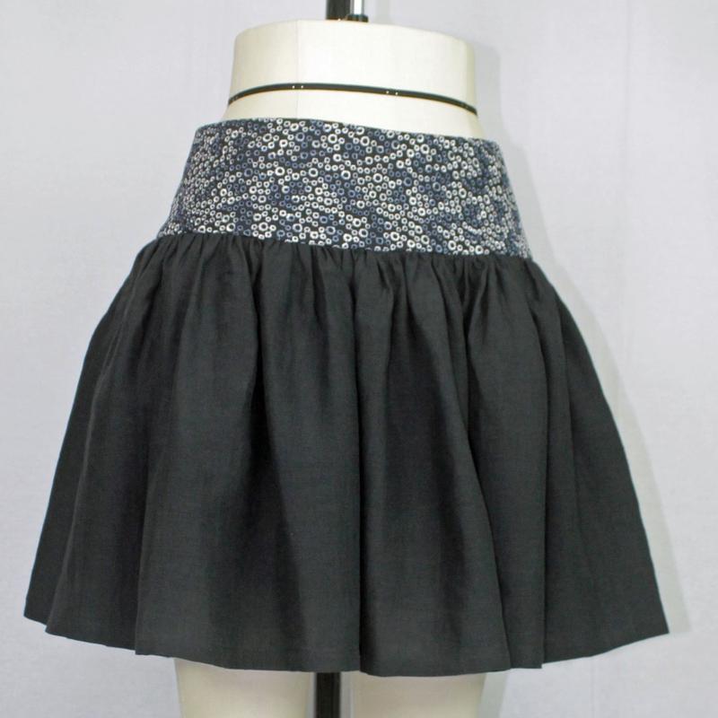 【帯ボトムスシリーズ】ヒップハングのギャザースカート 本体:ベルギーリネン (ブラック) B4