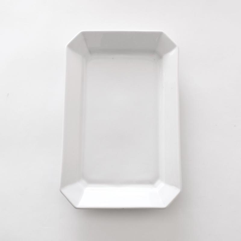 白い角皿ーA   (PL45)   1枚