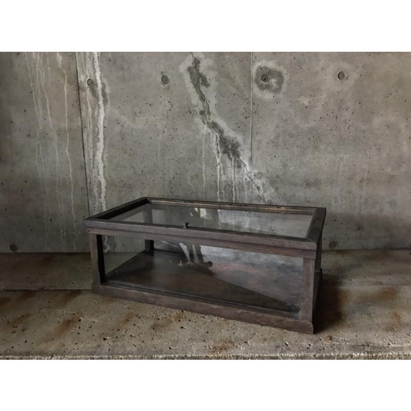 木枠ガラスケース