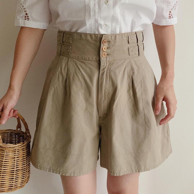 Euro Vintage Tuck Short Pants With Side Adjuster