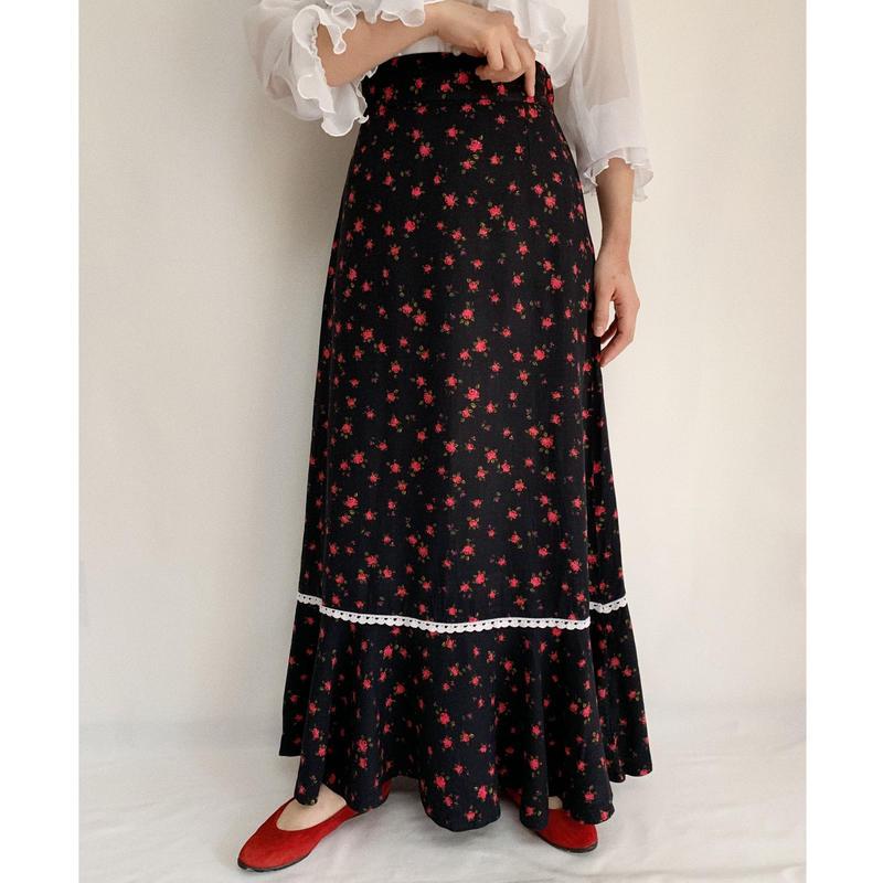 70's Euro Vintage Flower Print Long Flare Skirt