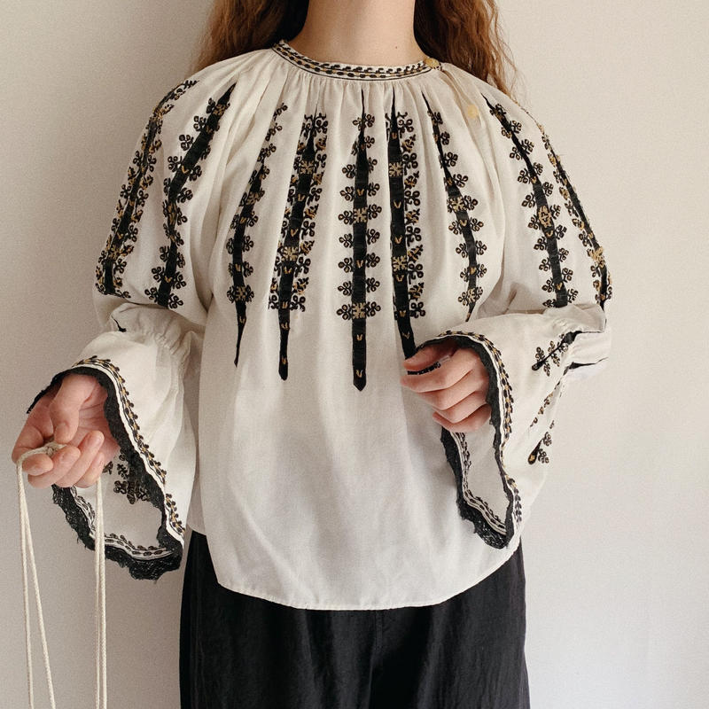Euro Vintage Hand Embroidery Folk Blouse