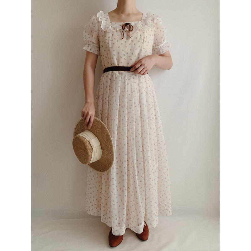Euro Vintage Flower Print Long Dress With Velvet Ribbon