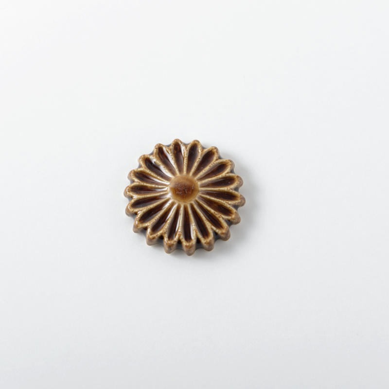 箸置き 飴釉 Lサイズ 菊