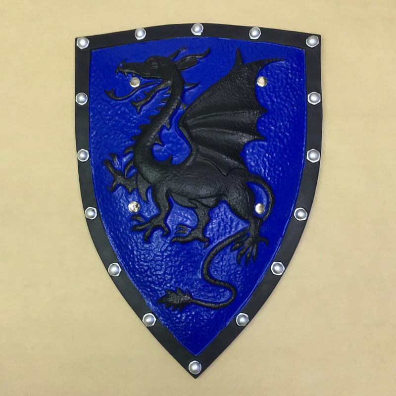 悪龍の青い盾