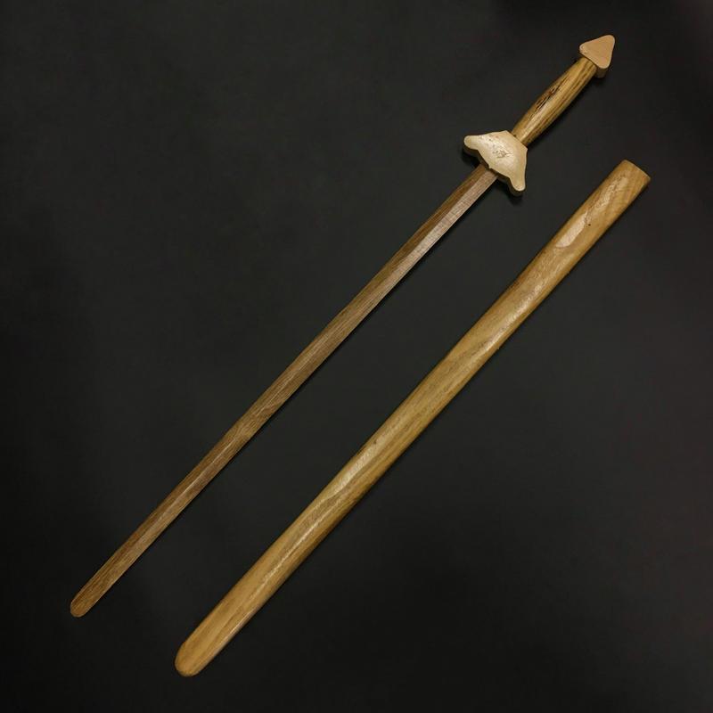 道士の駆魔木剣 鞘付き 98cm