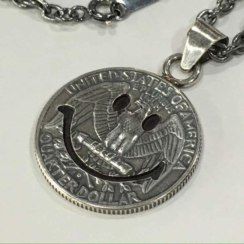 (ピービーディー) P.B.D PEACE MARK PENDANT 25c MEDIUM FACE ピースマーク(スマイル) コインペンダント・ネックレス(25セント硬貨)約50cm