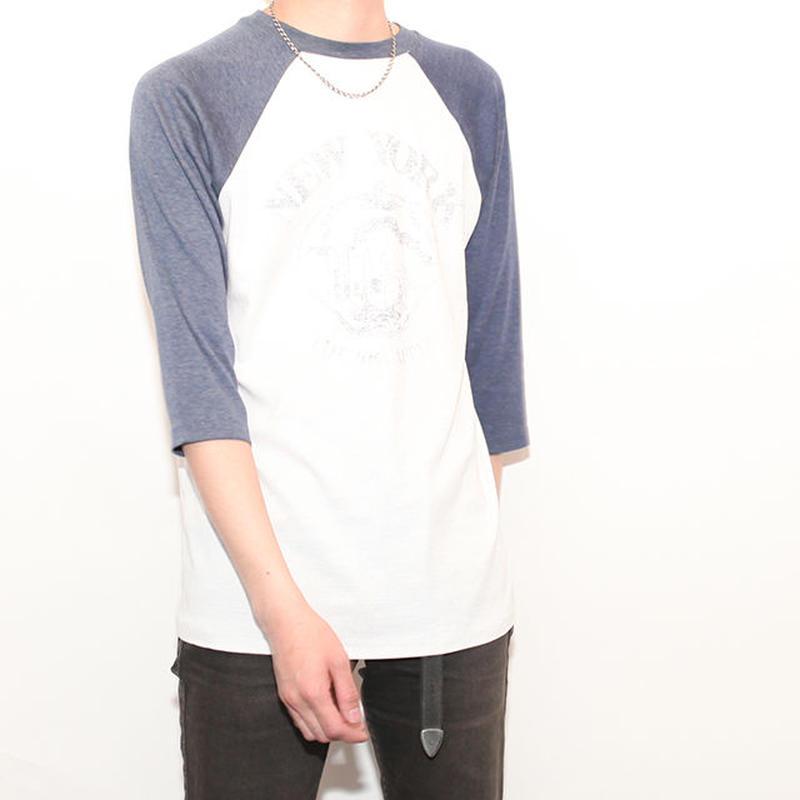 Raglan Sleeves T-Shirt