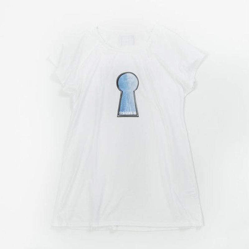 Keyhole One-piece / White
