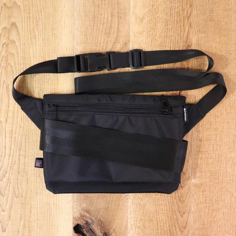 IGNOBLE (イグノーブル)  11031 Abstraction Hip Bag  Black(N)