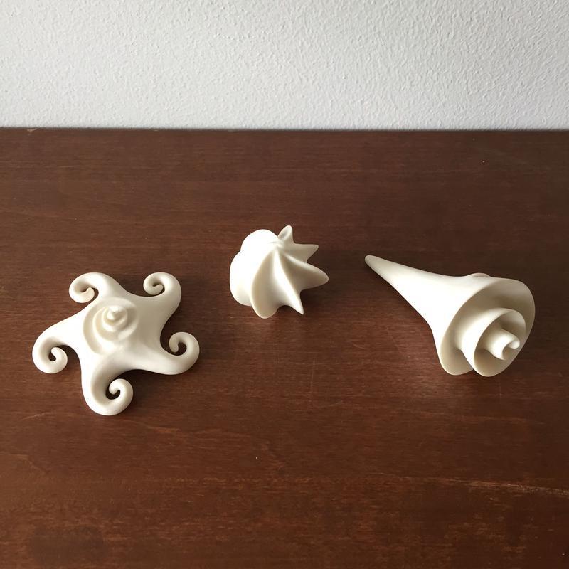 八重山陶磁 白磁ミニオブジェ/宮良断(アンパル陶房)