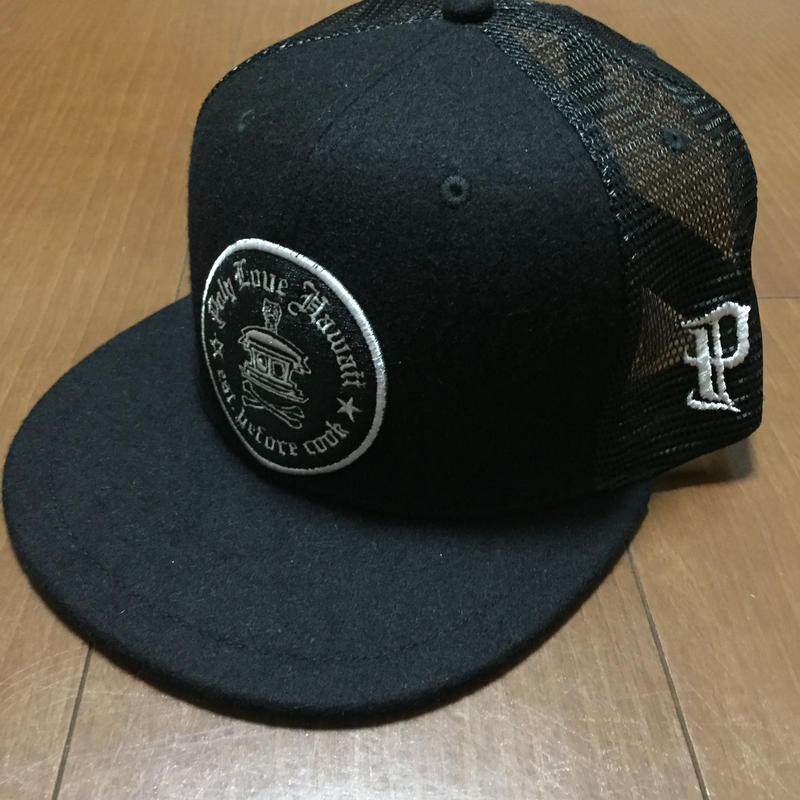 """POLY LOVE HAWAII """"LOGO"""" FITTED TRUCKER HAT 7'1/2"""