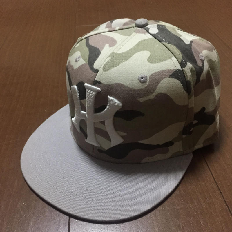 """POLY LOVE HAWAII """"IWALANI"""" FITTED HAT"""