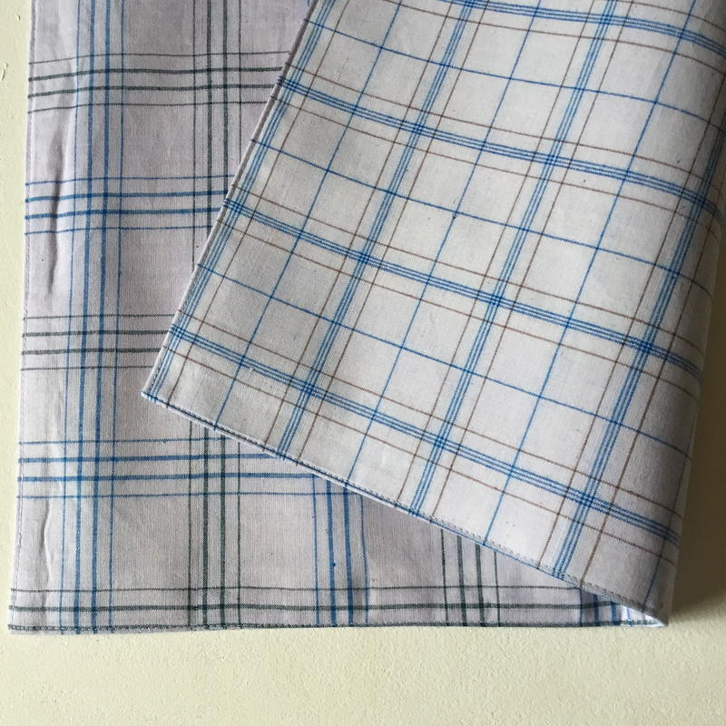 Lungi White Plaid Place Mat #I