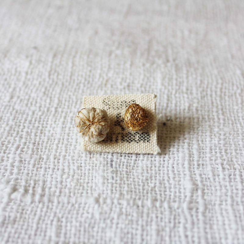 Cotton Daisy Petit Pierce (Natural)