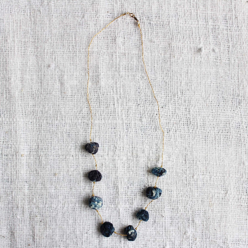 Cotton Stone Necklace (Dark Indigo)
