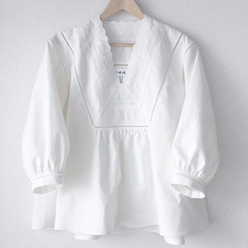 v-neck blouse / 03-7408002