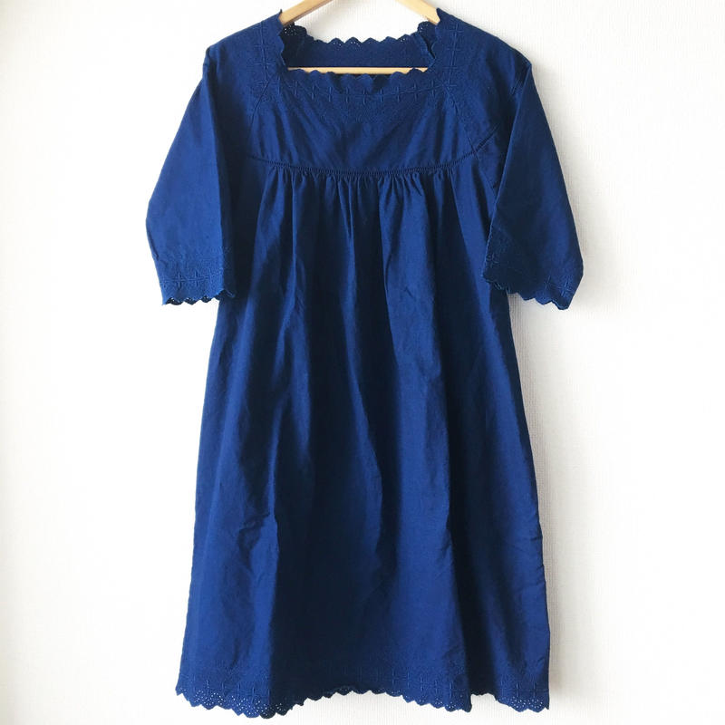 indigo-dyed square neck op / 03-7205002