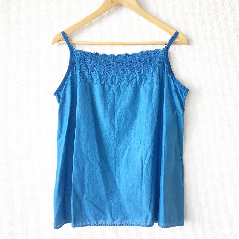 indigo-dyed flower embroidered short chemise / 03-7208009