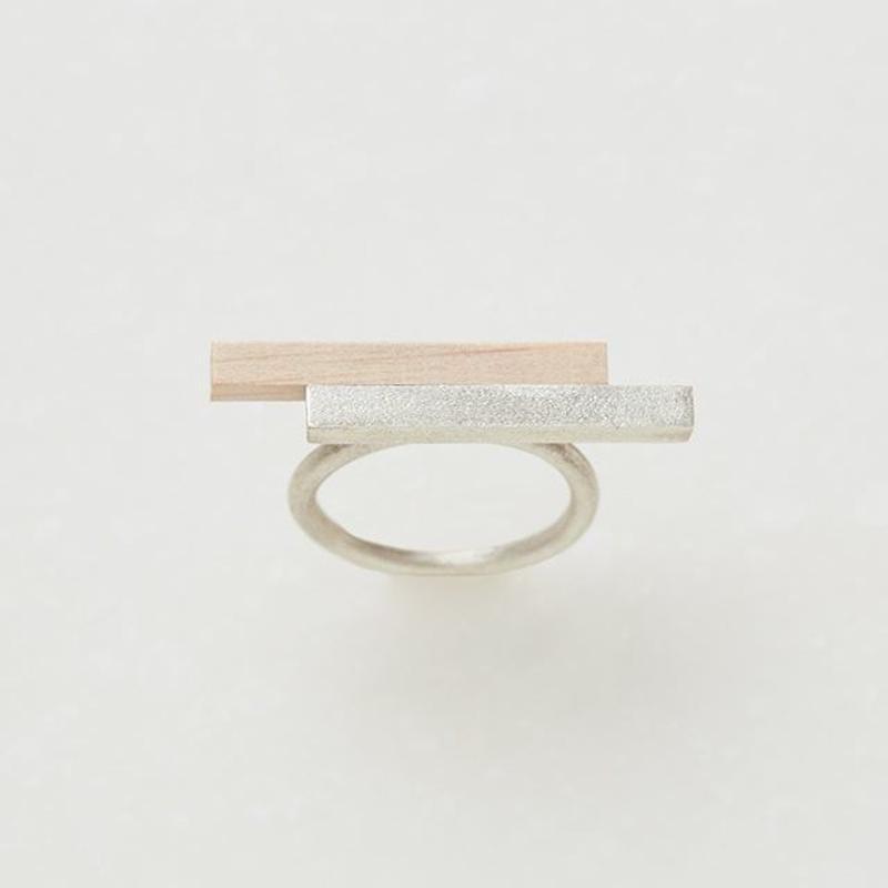 KR002 (ring)