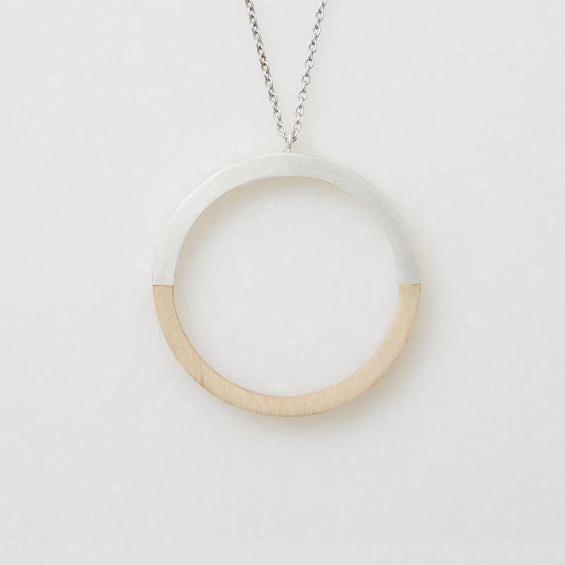 EN001 (necklace)