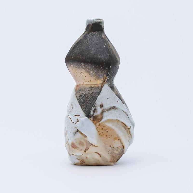 No.52:YOHEN SHINO Gourd Vase「耀変志埜瓢花器 (三角)」