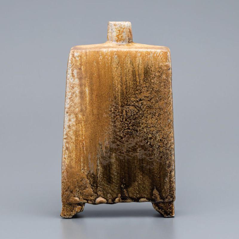 No.8:YOHEN Natural Ash Glaze Rectungular Vase「窯変灰被扁壷(足付扁壺)」