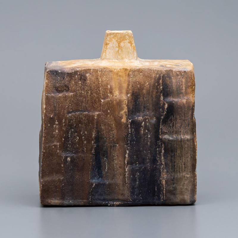 No.7:YOHEN Natural Ash Glaze Rectungular Vase「窯変灰被扁壷(扁壺)」