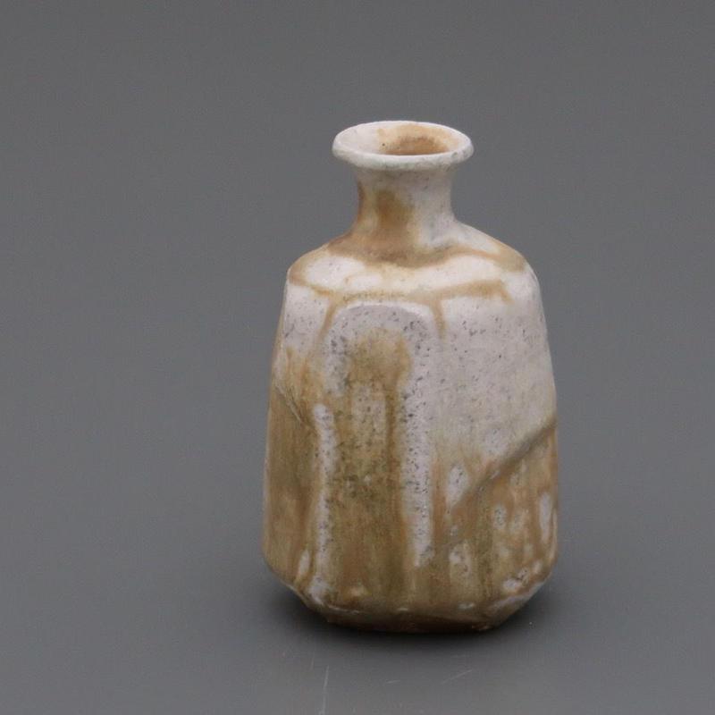 No.114:YOHEN Natural Ash Glaze SAKE Bottle「窯変灰被徳利」