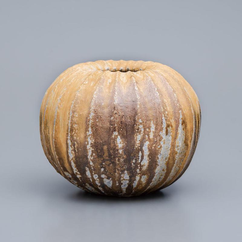 No.2:YOHEN Natural Ash Glaze Vase「窯変灰被鎬花器」