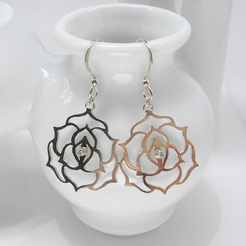 flower-lace pierce   薔薇