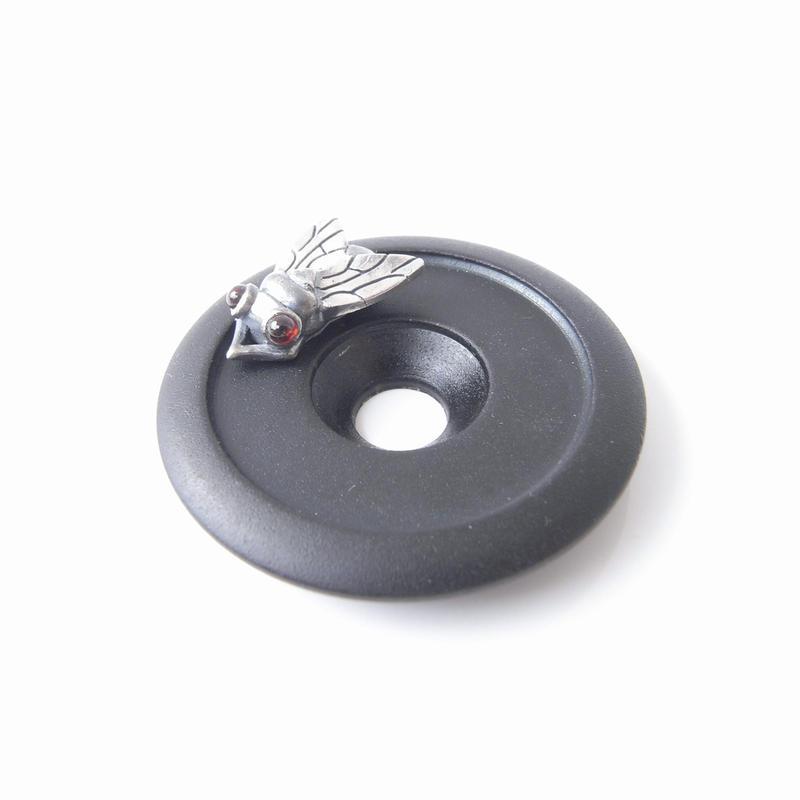 fly-head cap