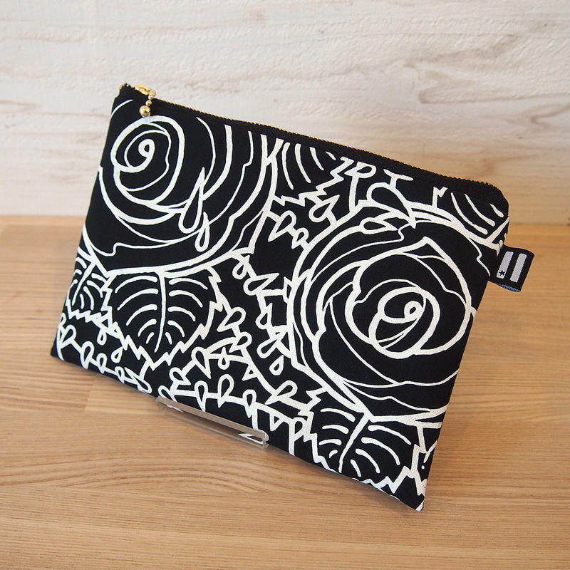 """KW's """"ROSE"""" Pouch / Black"""