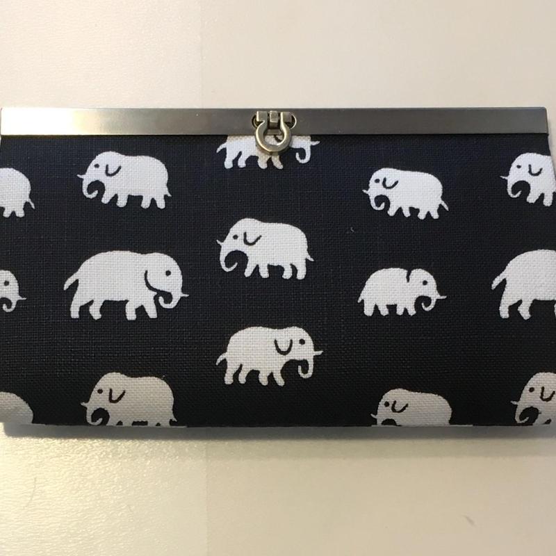 スウェーデングレイスオリジナル財布