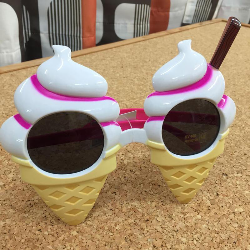 おもしろサングラス ソフトクリーム Funny sunglasses Soft-serve ice cream