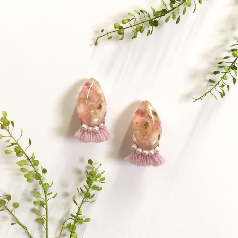 乳白色石×purpleフリンジピアス/イヤリング
