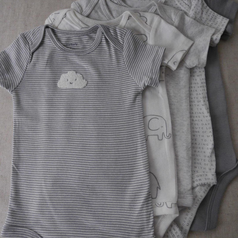 【catrter's】5-pack Baby Gray Bodysuits
