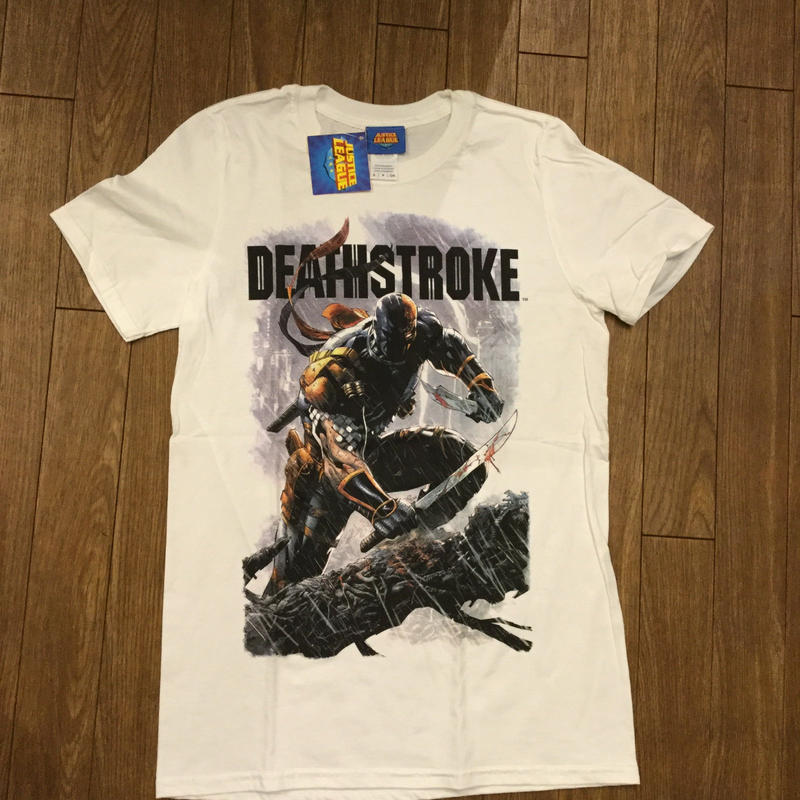 DEATHSTROKE  SWERDS  Tシャツ