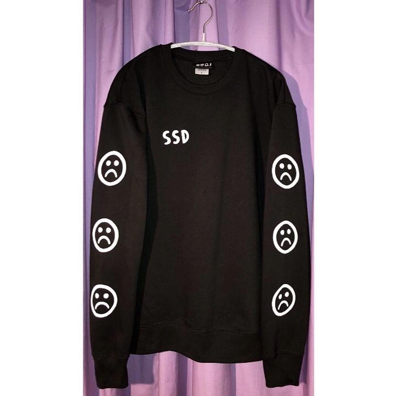 SSD sad smile sweat/black