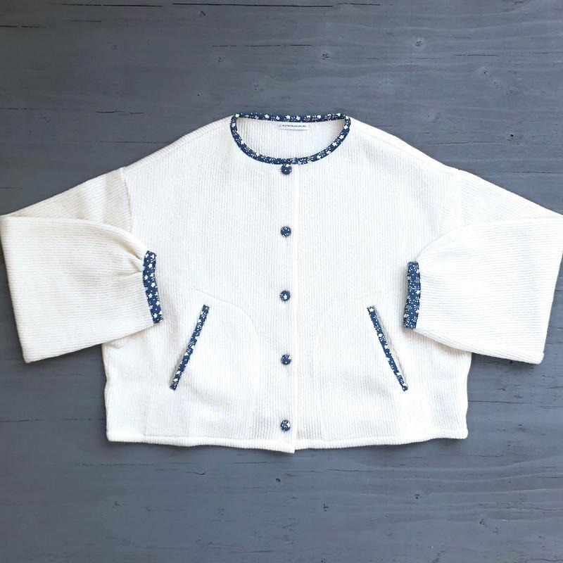 素朴なニットジャケット /  OW