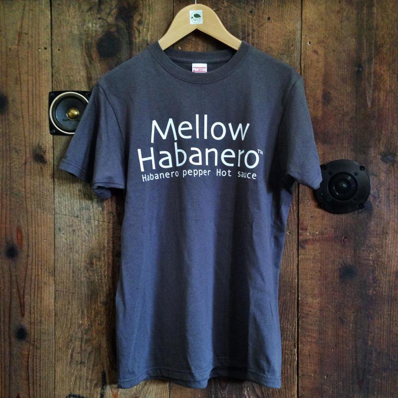 T-shirt / Charcoal