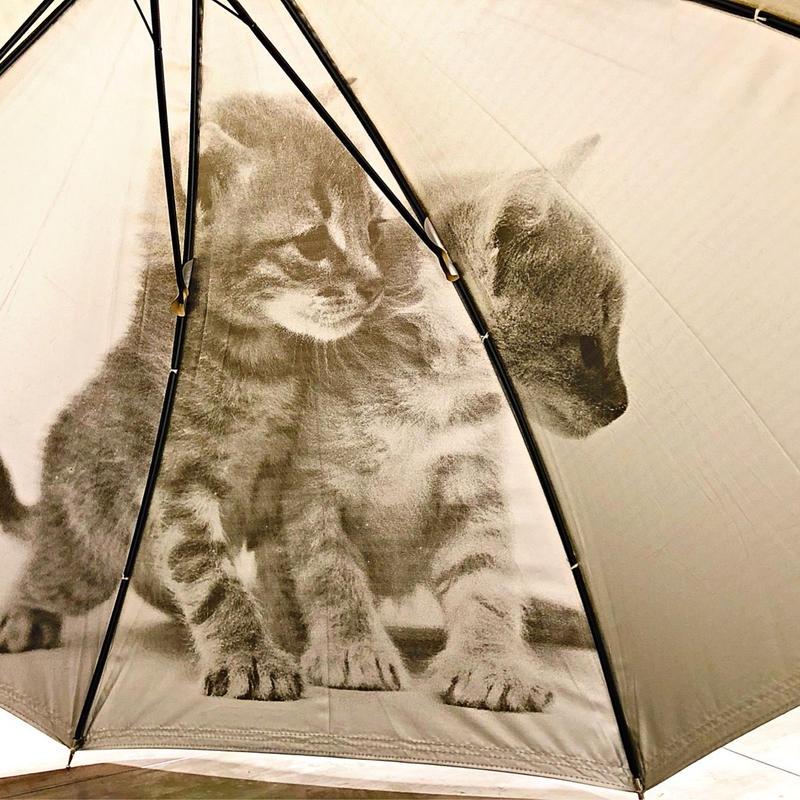 【日傘 猫ちゃんシリーズ】傘専門店 通販 東京 遮光遮熱 晴雨兼用 ワンタッチ UV レディース メンズ 旅傘【Beige 2Cats】
