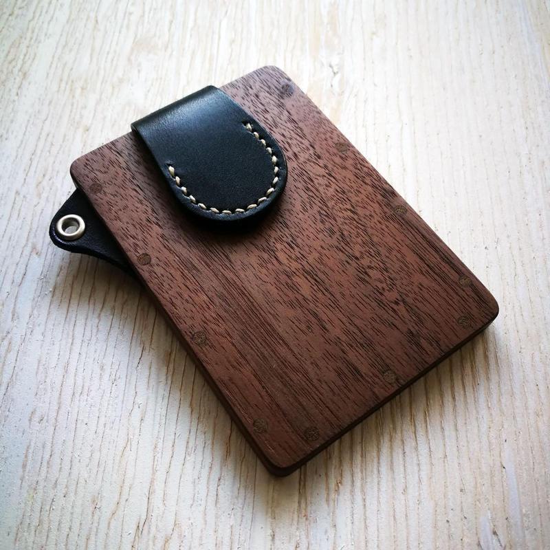 【ストラップなし】pass case ウォールナット 木と革のパスケース ICカード入れ