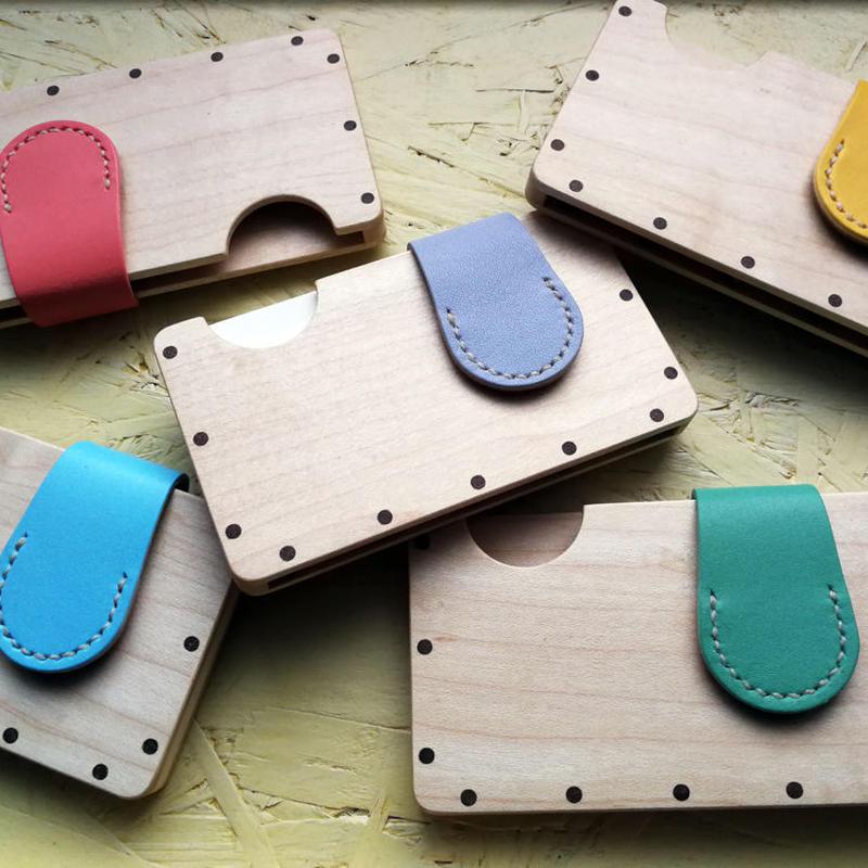 【受注制作】a card case メープル パステルカラー5色  木と革の手作り名刺入れ